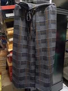 Low Cut Square pants
