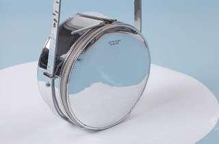 Mirroring Round Silver Shoulder Bag