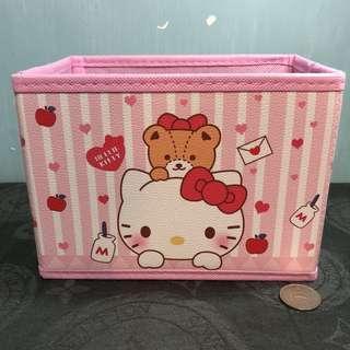 Hello Kitty 儲物箱