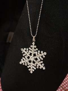 Crystal Snowflake shape Necklace