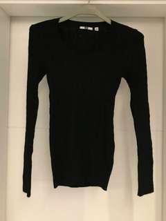 Uniqlo wool cashmere top