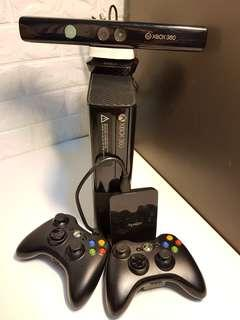 Xbox 360 E Console with Kinect, 500GB harddisk drive (games included) and 2 controllers