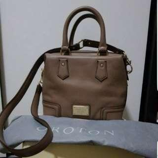Orton Barrel Leather Bag