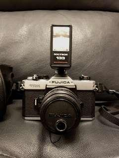 🈹️日本Fujica 單鏡反光機,連閃光燈及原裝相機套