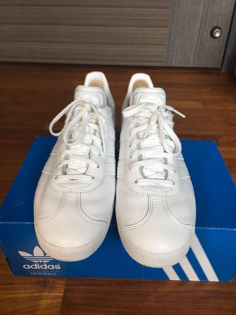c0af0b8d3 Adidas gazelle ( white ), Men's Fashion, Footwear, Sneakers on Carousell