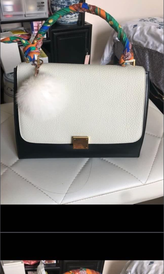 012933794 Authentic CELINE TRAPEZE MM Bag, Luxury, Bags & Wallets, Sling Bags ...