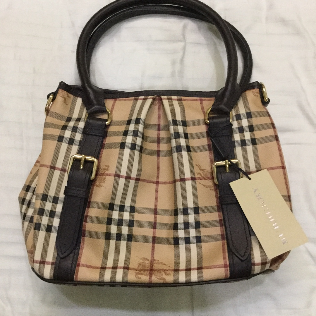 Brand new Burberry handbag for sale, Luxury, Bags   Wallets ... 5949705292