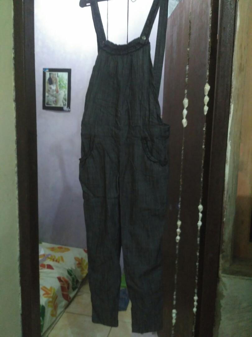 Jumpsuit bahan denim