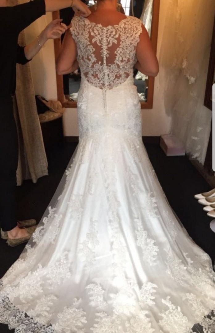 Maggie sottero melanie wedding dress 8.