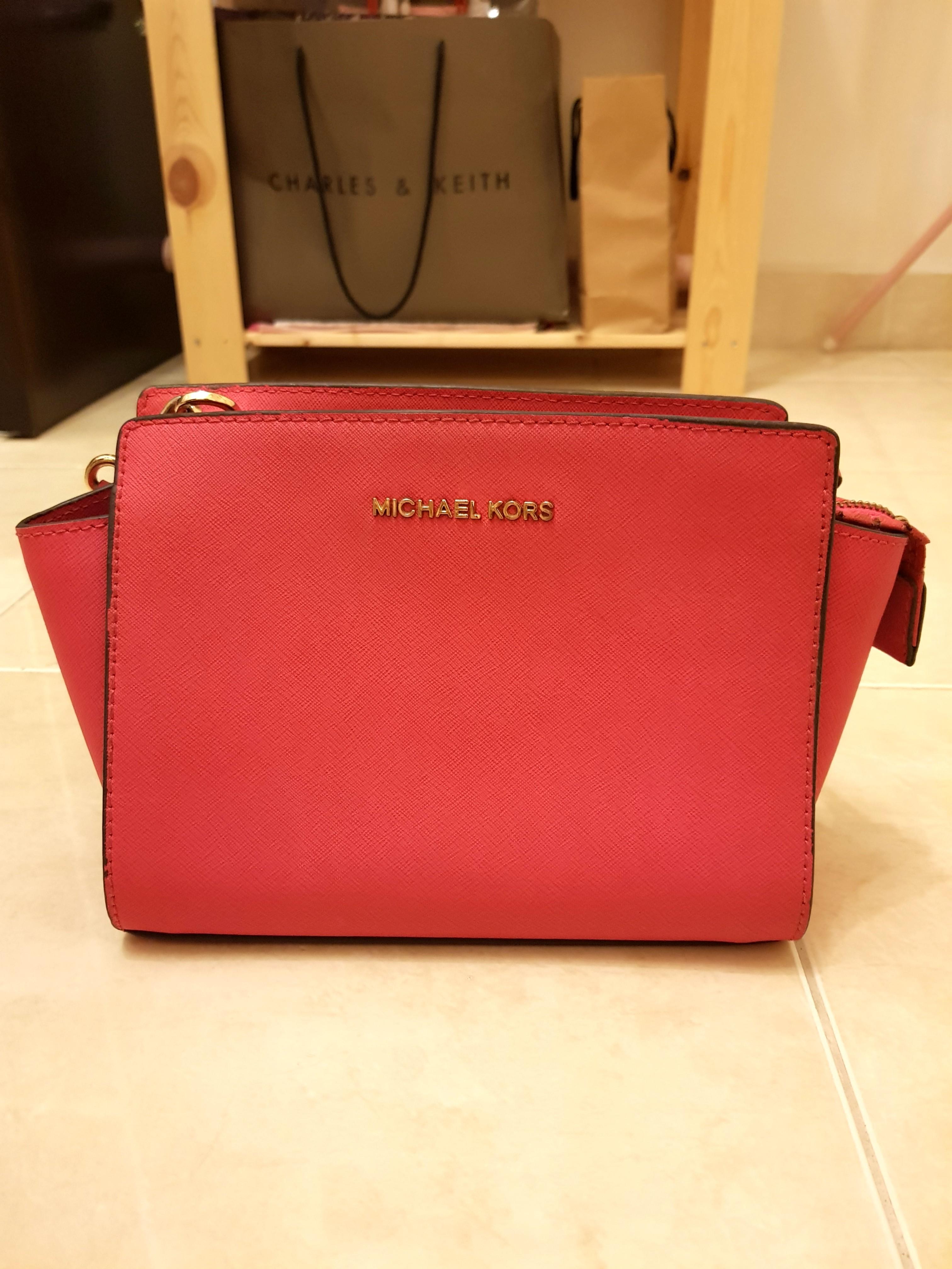 41879ae73cec Michael Kors Selma Small Size, Women's Fashion, Bags & Wallets on ...
