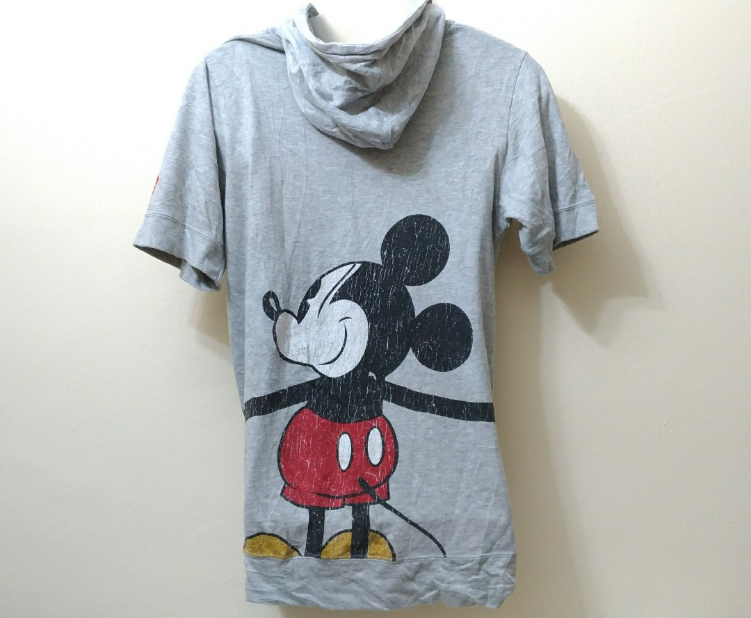 1c1728ae7 Mickey Mouse World Famous Hero ShortSleeve Hoodie, Men's Fashion, Clothes,  Tops on Carousell