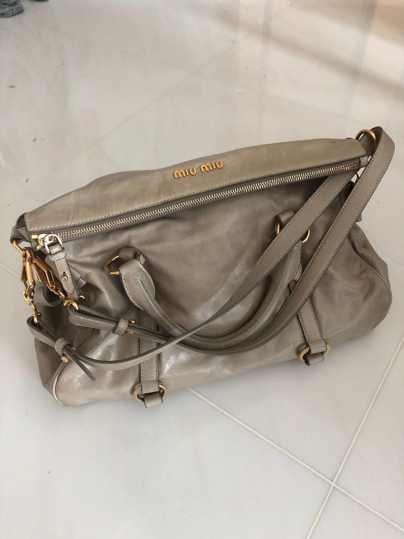 45f64760173b Miu Miu Vitello Lux Bow Bag