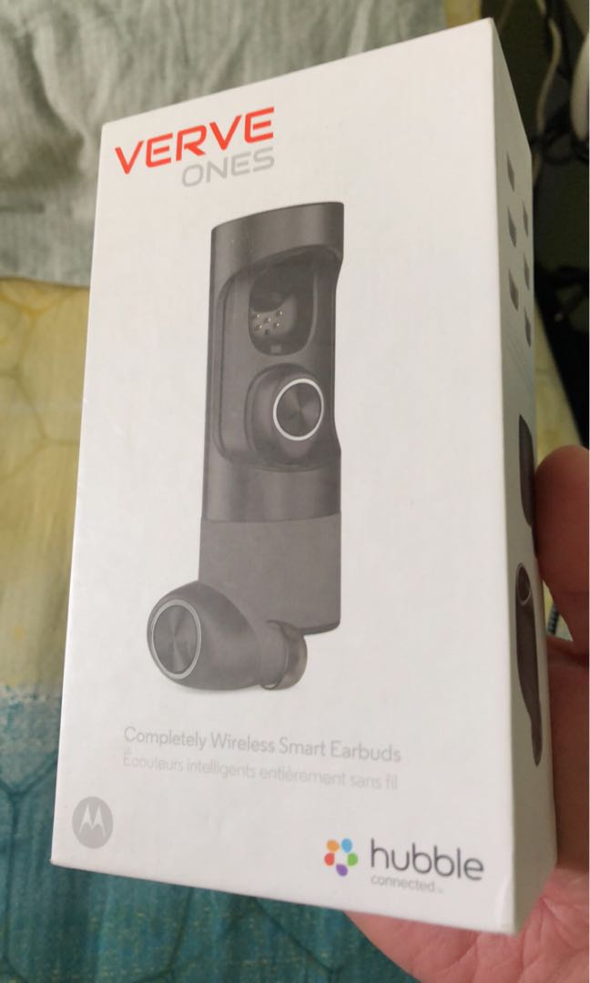 5c10413a0a6 Motorola SH001 VerveOnes Completely Wireless Smart Earbuds, Electronics,  Audio on Carousell