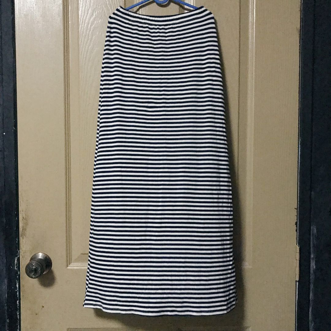 world-wide selection of select for official find lowest price Navy Blue & White Stripes Maxi Skirt