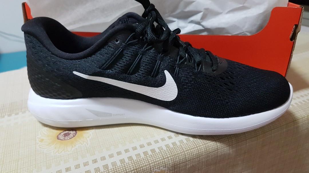 size 40 ad28f b46a6 Nike Shoes lunarglide 8 black white