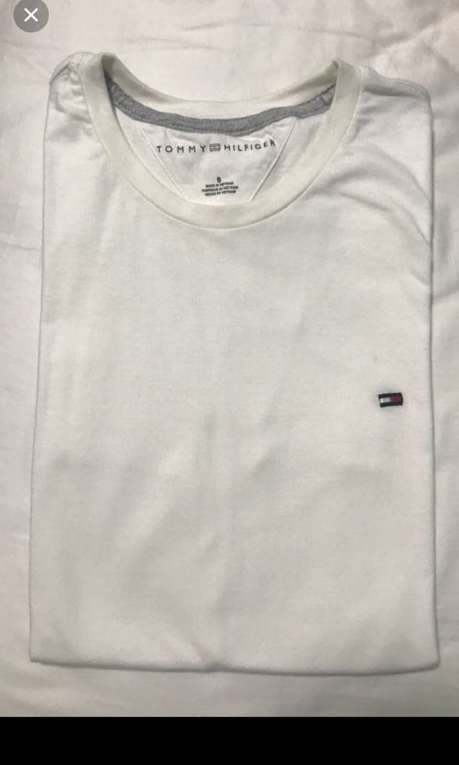 b45fd39f Tommy Hilfilger Shirt, Men's Fashion, Clothes, Tops on Carousell