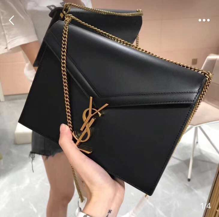 14d8376a17d Ysl Cassandra shoulder bag, Women's Fashion, Women's Bags & Wallets on  Carousell