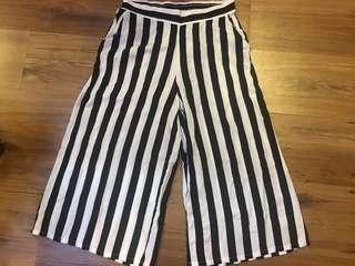 Cotton On Black and White Stripes Culottes pants