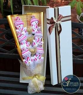 🎄3-Pieces Ferrero Richer chocolate bouquet💐 with 6 Snowman☃️ | Christmas | Flower Bouquet | Flower | Flowers | Fresh Flower | Rose | Roses