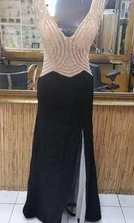 GOWN FOR RENT QC AREA ONLY