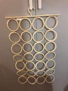 Ikea圍巾皮帶絲帶收納掛架