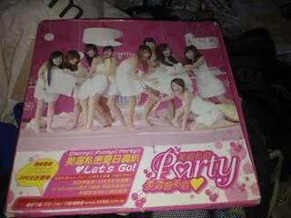 美眉私密Party。CD+DVD