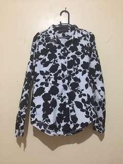 🎄Sale🎄Zalora Brand Floral Top Long Sleeves