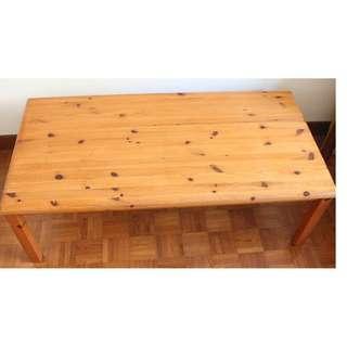 IKEA Table L 117 cm x W 58 cm X H 40 cm