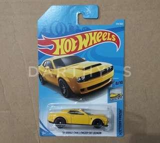 Hot Wheels '18 Dodge Challenger SRT Demon *New model*