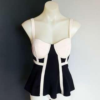 Women's size M 'THE SLOANE SOCIETY' Stunning black and nude corset style top - BNWT
