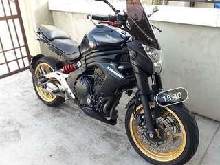 Kawasaki ER6N 600cc piang bank