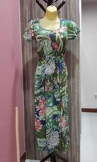 Brand New Maternity/Nursing Dress in tropical print