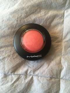 Mac Mineralize Blush // HEY CORAL HEY...
