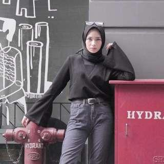 Atasan hitam fashion