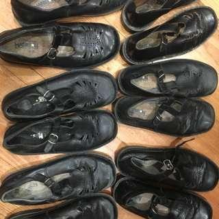 Harrison T Bar School Shoes Sizes 8-9