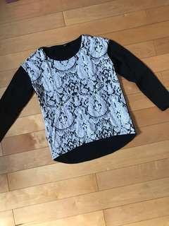 Sweater black motif