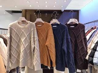 🚚 韓國重磅保暖壓格毛衣