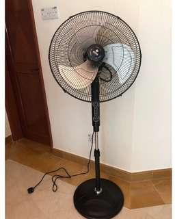 SONA SSOR 6073 Solid Pedestal Fan with the remote. (100W)