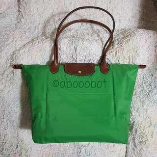 LONGCHAMP LE PLIAGE LARGE (old logo with line) LONG HANDLES IN CLASSIC BRIGHT GREEN WITH WHITE INTERIOR