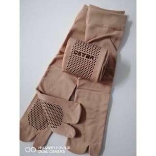 Sarung kaki Muslimah/ Stokin wanita