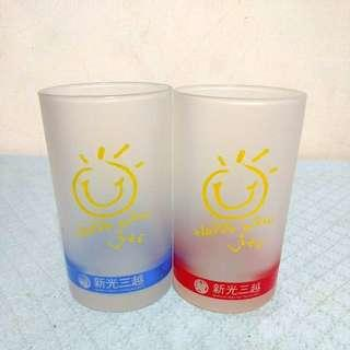 🚚 新光三越笑臉玻璃杯(兩個)