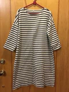 無印良品 8分袖連身裙,Size:M,沒有任何破爛和汚漬。注意:可以先入數之後順豐到付