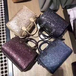 COACH 37747 女士新款波士頓包 聖誕節限量迷你星辰波士頓 枕頭包 熱銷時尚 附購證