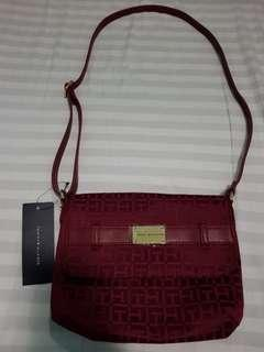 AUTH TOMMY HILFIGER SLING