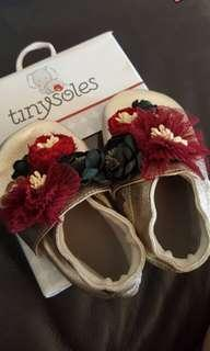 Tinysoles gold floral leather shoes