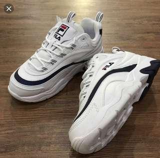 🚚 Fila 藍白老爹鞋