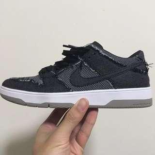 Nike SB Zoom Dunk Low Elite QS Bearbrick Collab
