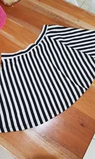 Rok forever 21 stripes hitam putih monochrome h&m all size fit to L mini skirt