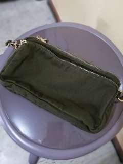 綠色布斜孭袋