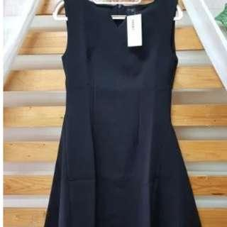 Sumbangin - Mallory Dress Hitam
